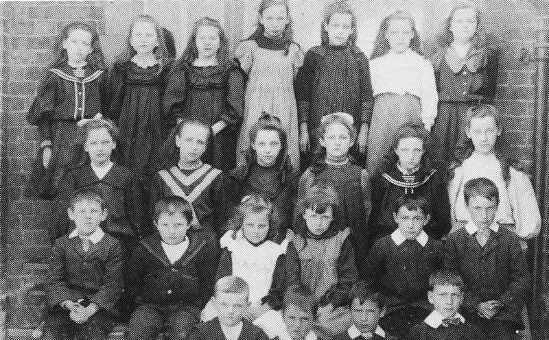 Pupils at Bonds School c1903